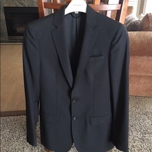 Burberry suite size 44